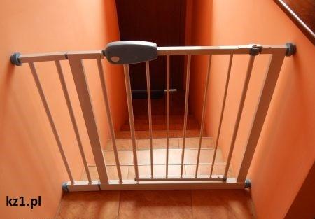bramka rozporowa schody