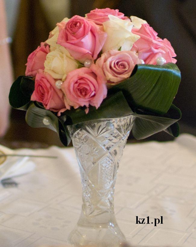 bukiet kwiatów dla mamy