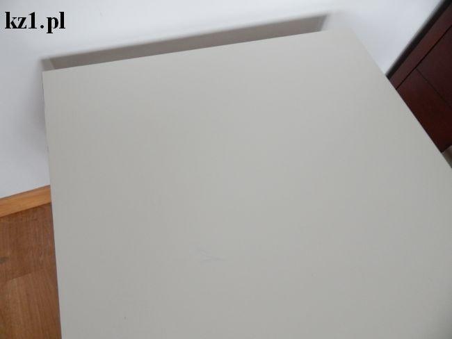 biały stolik ikea