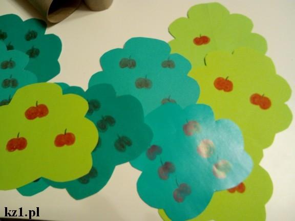 korony drzew z papieru