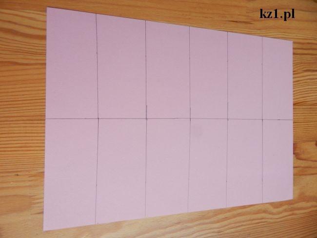 kartka podzielona na 12 części