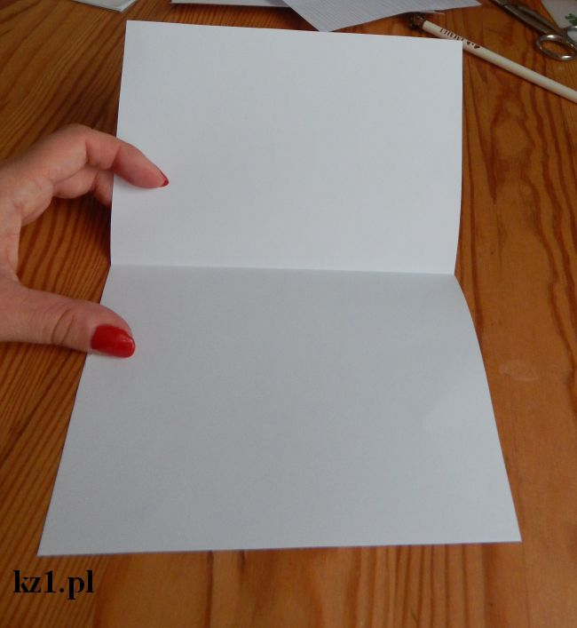 składana na pół kartka z boku technicznego