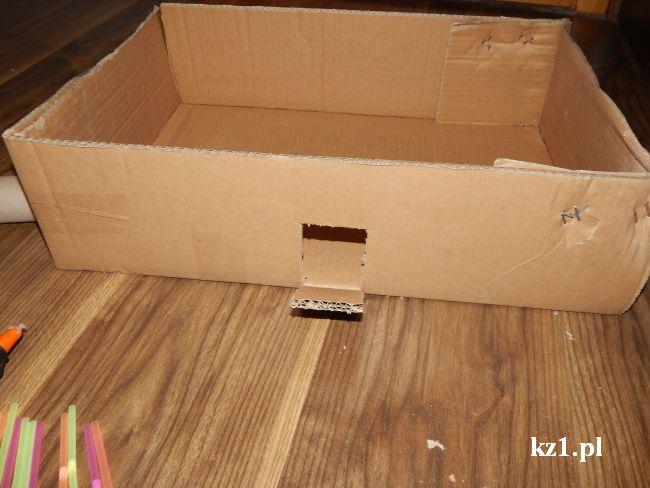 kartonowe pudełko