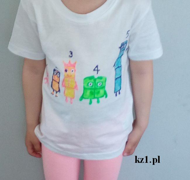 koszulka ze wzorem numberblocks