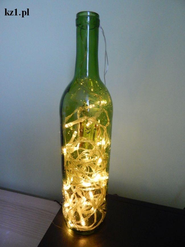 lampa nocna z butelki i ledów