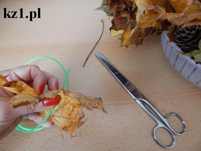 nawlekanie liści na żyłkę