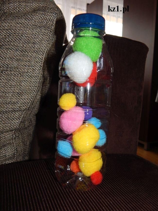 filcowe pomponiki w butelce
