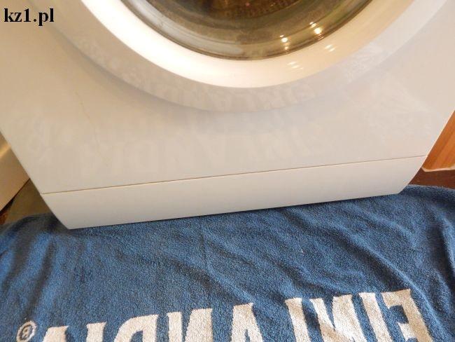 zdjęcie pokazujące umieszczenie filtra pompy w prlkach automatycznych
