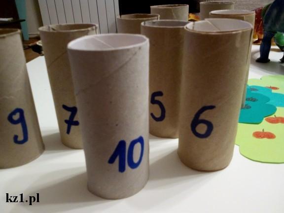 rolki po papierze z cyframi