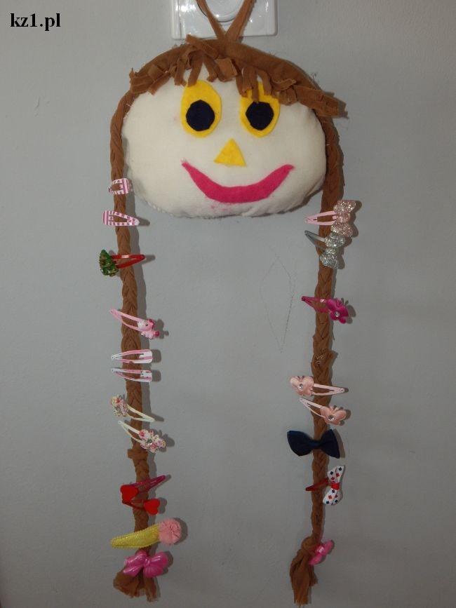 lalka z rajstop na spinki do włosów