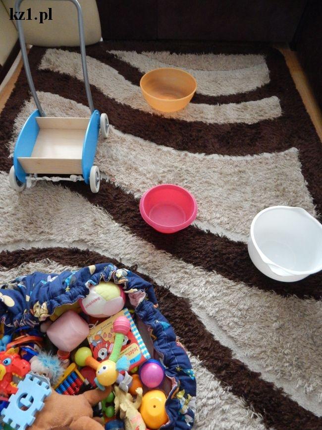 rzuty do celu zabawa dla dzieci