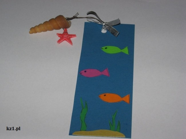 zakładka do książki w morski motyw rybek zakładka z muszelką