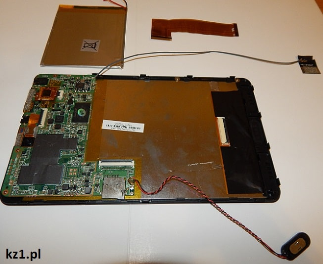 tablet rozłożony na części