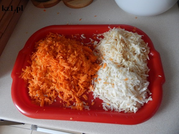 starte marchewki, seler i pietruszka