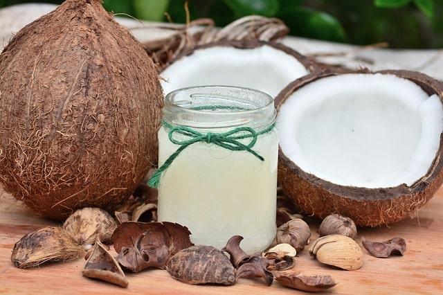 kokos na olej kokosowy