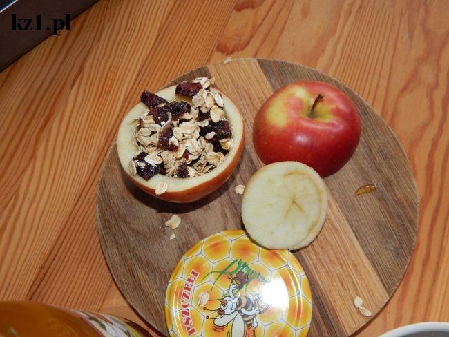 jabłko nadziane owsianką