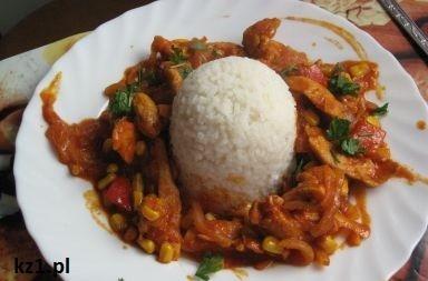 pierś w jarzynach z ryżem