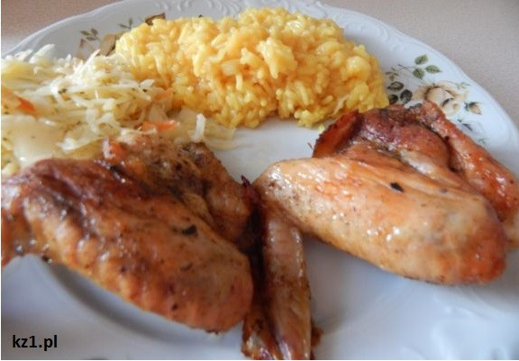 skrzydełka z żółty ryż