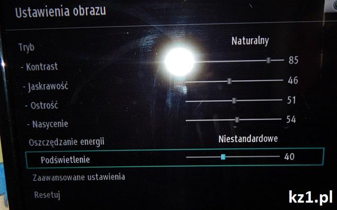 ustawianie podświetlenia ekranu telewizora