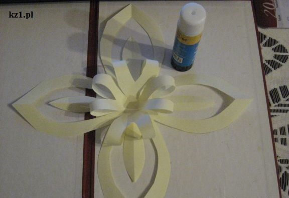 kwiat z papieru origami