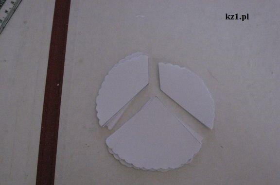 koło podzielone na trzy częśći