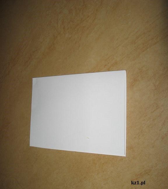 biała kartka papieru
