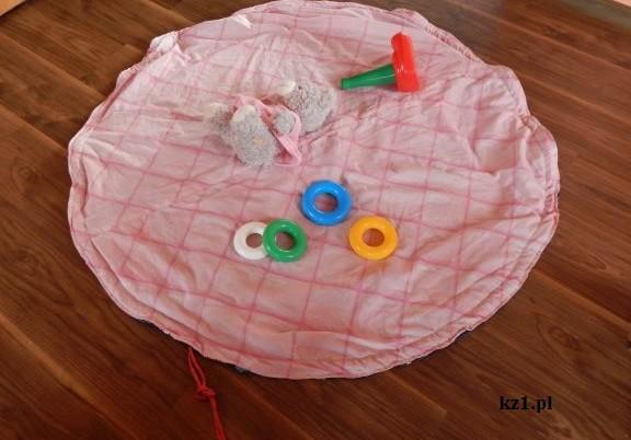 ściągany worek na zabawki