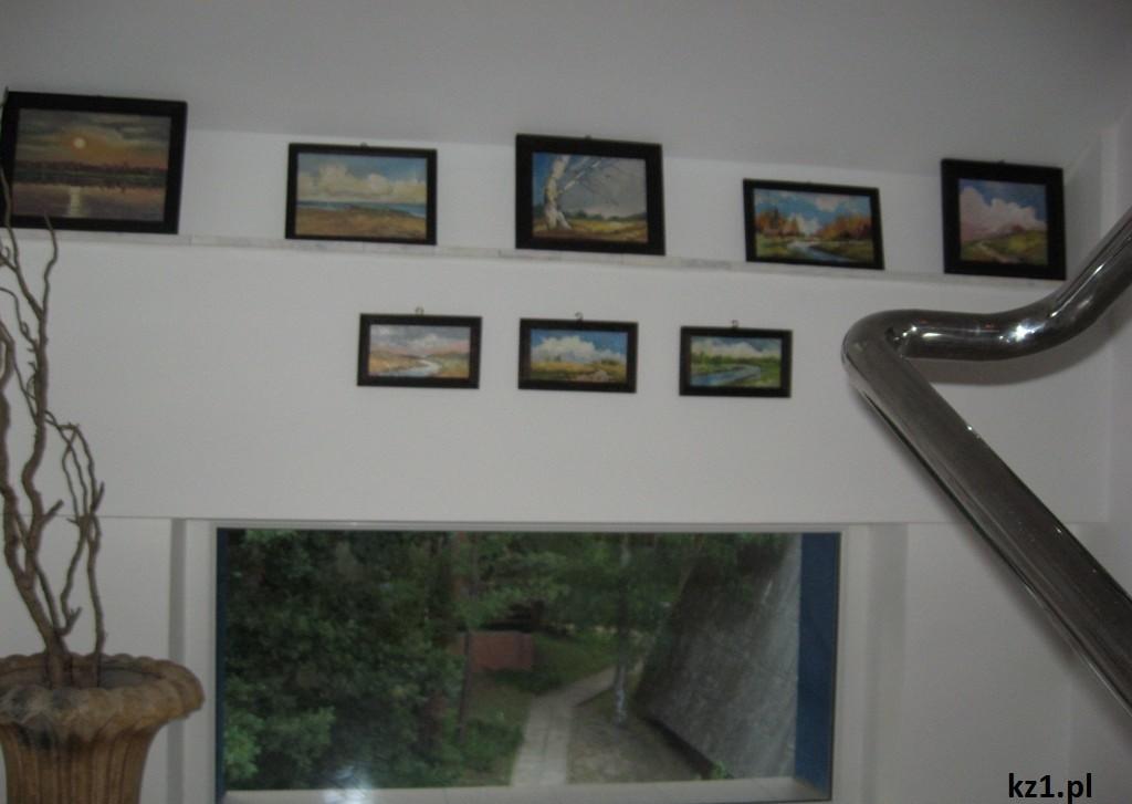 obrazy w pensjonacie stegna