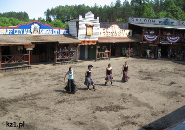 kowbojki tańczą