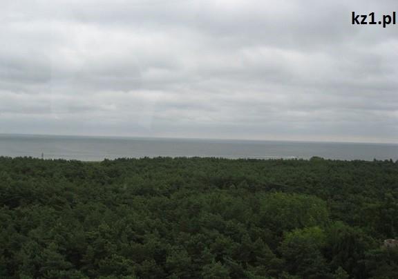 widok na morze z latarni na helu