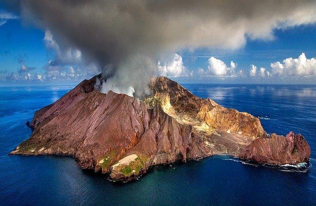 wulkan whakaari