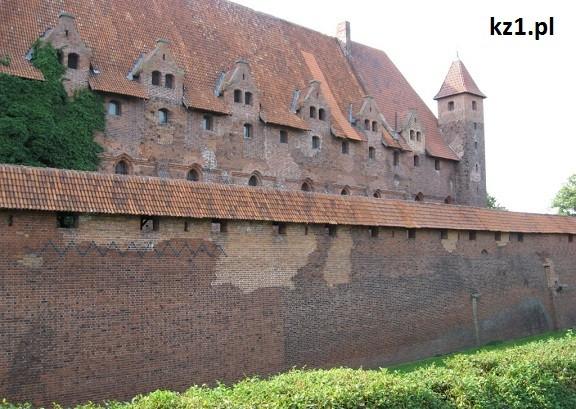 mur zamkowy